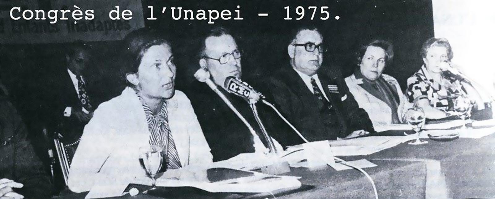 Congrès Unapei 1975 Simone Veil et Paulette Mollier-M