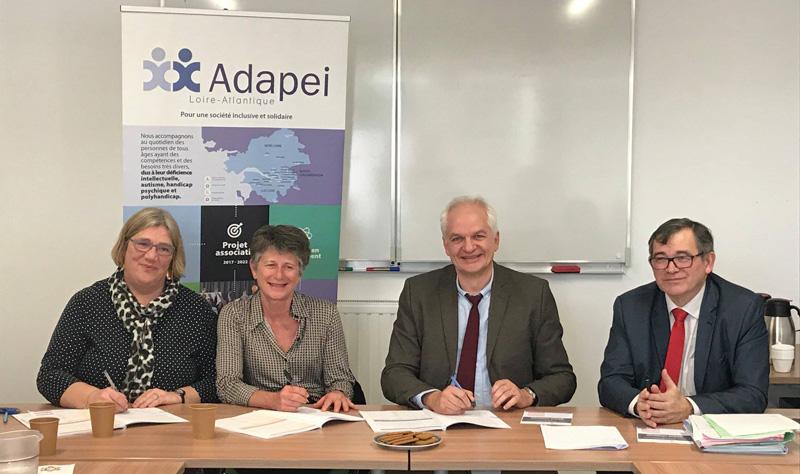 Claire Tramier (Vice présidente du Conseil Départemental), Sophie Biette (Présidente Adapei),  Jean-Jacques Coiplet (Directeur ARS), Marc Marhadour (DG Adapei).